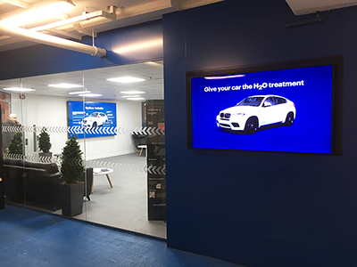 digital signage screen large monitor